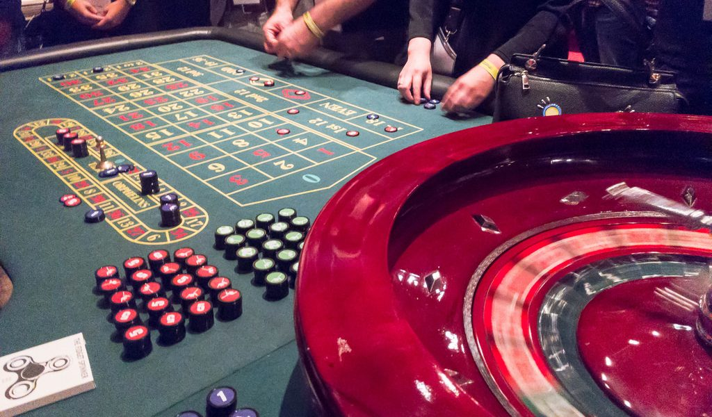 "How good are the advantages of ""online casinos""?"